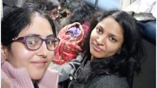 Indian Army Captains Help Woman Deliver Baby on Howrah Express, Netizens Hail Them As 'Heroes'