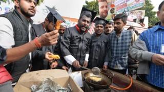 Congress Workers Wear Graduation Robes, Sell 'Chai' & 'Pakodas' to Mock BJP Over Jobs