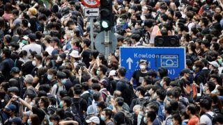 चीन के बिजनेसमैन को हांगकांग छोड़ने के लिए प्रदर्शनकारियों ने दी चेतावनी