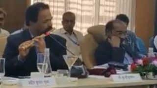 ISRO Scientist Plays Flute at The End of Parliamentary Meeting, Video Goes Viral