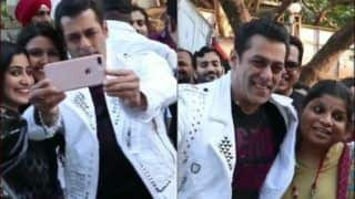 Salman Khan Takes Selfie-Hugs Girl Fans at Dabangg 3 Promotions, Viral Video Leaves Internet Brooding With Jealousy
