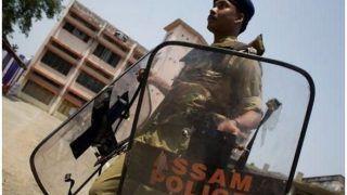 नागरिकता विधेयक पर बवाल के बीच गुवाहाटी के पुलिस प्रमुख हटाए गए, अन्य अधिकारियों का भी तबादला