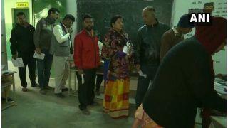 झारखंड विधानसभा चुनाव: गुमला में वोटिंग के दौरान झड़प, पुलिस फायरिंग में छह लोग घायल, एक की हालत गंभीर