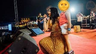 Sona Mohapatra Teaches Stage Manners, Asks Parents to Not Let Young Girls Gyrate to Item Songs in an Important Post
