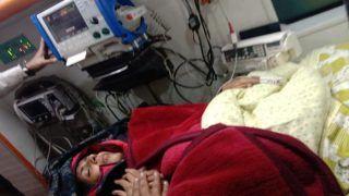 दो हफ्तों से भूख हड़ताल पर बैठीं स्वाति मालीवाल की तबियत हुई खराब, अस्पताल में भर्ती