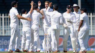 फुटबॉल खेलने पर चोटिल हुआ ये क्रिकेट खिलाड़ी, ईसीबी ने लगाया बैन