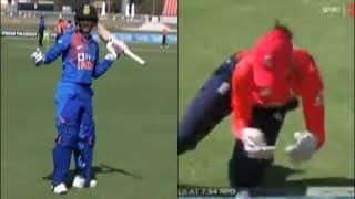 Smriti Mandhana Reprieved by TV Umpire After On-field Decision Goes Against Her During 1st T20I Between India Women vs England Women | WATCH