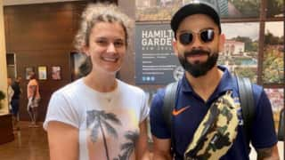 Virat kohli relaxes after cruicial win against new zealand meets south african cricketer laura wolvaardt 3926112
