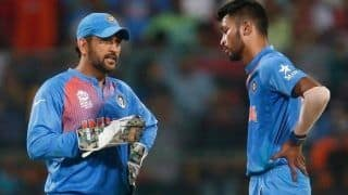 Hardik Pandya Plays Down Comparison With MS Dhoni, Says I'll Never be Able to Fill Former India Captain's Shoes