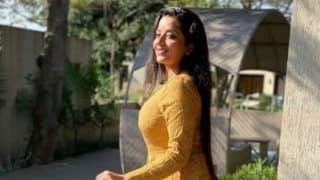 Bhojpuri Hot Bomb Monalisa Looks Stunning in Simple Yellow Dress in The Latest Sunkissed Picture