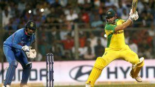 मुंबई वनडे: केएल राहुल के कैच छोड़ने पर फैंस ने लगाए धोनी-धोनी के नारे