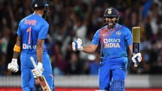Rohit sharma i didnt play in super over earlier was not know what to expect whether to go from the first ball or just take a single 3925555