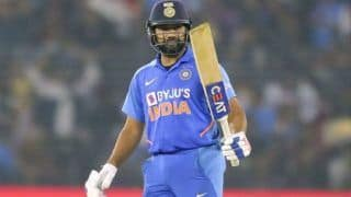 Rohit Sharma Gives Pep Talk to Struggling Mumbai Ranji Trophy Team