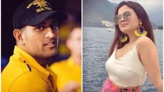 IPL 2020: MS Dhoni's Wife Sakshi Gatecrashes CSK Training Session in UAE | WATCH