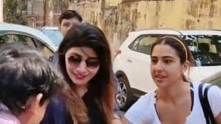 Video of Fan Trying to Kiss Sara Ali Khan's Hand Goes Viral