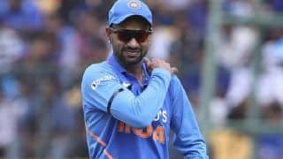India vs Australia 2020, 3rd ODI: Shikhar Dhawan Hurts Left Shoulder While Fielding, Taken Off the Field