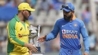 India vs australia rajkot odi australia opt to bowl first navdeep saini manish panday included in playing xi 3912347