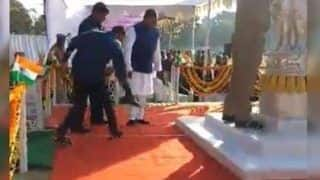 Video Of a Man Holding Odisha Minister's Shoes During Republic Day Celebration Goes Viral