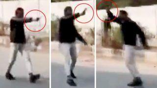 CAA Protest: जामिया इलाके में प्रदर्शन के बीचएकशख्स ने भीड़ पर की फायरिंग, एक को गोली लगी