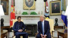 दावोस: इमरान ने ट्रंप के आगे फिर छेड़ा कश्मीर राग, अमेरिकी राष्ट्रपति बोले- हम नजर बनाए हुए हैं