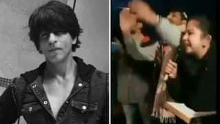 Shah Rukh Khan Gets Slammed Over His Silence on CAA, NRC Issue, Protesters Sing Song to Troll Him | Watch