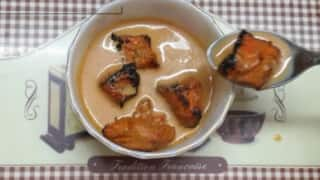 Yikes! Someone Ate Chicken Tikka Dipped in Tea and People Are Losing Their Minds | Watch