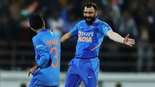 Ind vs Aus: Mohammed Shami Removes Pat Cummins, Ashton Turner With Yorkers in Consecutive Balls at Rajkot in Second ODI