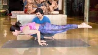 Shilpa Shetty Begins 2020 With Fitness, Pulls Off Mayurasana Like a Pro- Video is All Monday Motivation You Need to Workout