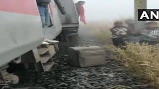 Lokmanya Tilak Express Derails After Hitting Van in Odisha; Several Injured