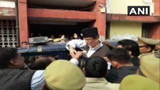 कोर्ट ने सपा सांसद आजम खान, उनकी विधायक पत्नी और बेटे को भेजा जेल