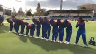 WATCH: Thai Cricketers Bow Down After Match to Thank Fans, Win Hearts