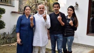 Delhi Assembly Elections 2020: BJP MP Gautam Gambhir Casts Vote With Family, Says 'Voting is Not Only Our Right But Our Power'