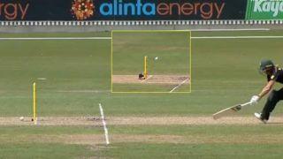 Bizarre! Stump Mic Blocks Run-out of Meg Lanning During India Women vs Australia Women Tri-Series Final | WATCH VIDEO