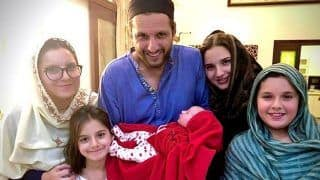 Shahid Afridi Asks Name Suggestion For His Newborn Daughter, Rashid Khan Comes up With One
