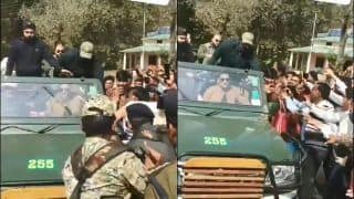 MS Dhoni Fandom Peaks, Former India Skipper Gets Mobbed By Fans During Madhya Pradesh Family Trip | WATCH VIDEO