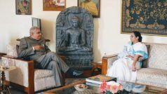 पश्चिम बंगाल: राजभवन में गवर्नर जगदीप धनखड़ और ममता बनर्जी के बीच हुई पहली मीटिंग
