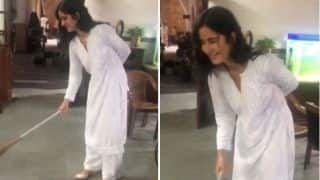 Viral Video: Katrina Kaif Brooms The Floor on Sets of Sooryavanshi, Akshay Kumar Labels Her 'Swacch Bharat Ambassador'