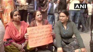 Shaheen Bagh Stir: Locals of Sarita Vihar, Jasola Protest Road Blockade as Agitation Completes Ten Weeks