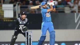 न्यूजीलैंड के खिलाफ श्रेयस अय्यर ने जड़ा करियर का पहला वनडे शतक, मजबूत स्थिति में भारत