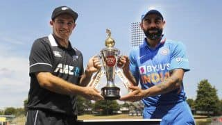 India vs New Zealand 1st ODI Seddon Park, Hamilton Live Cricket Score