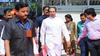 महाराष्ट्र में बंद नहीं होंगे सरकारी ऑफिस, खुले रहेंगे सार्वजनिक परिवहन
