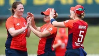 India Women Suffer Second Loss of The Tri-Series; Lose to England by Four Wickets