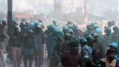 Delhi Violence: अब तक 13 लोगों की मौत, उपद्रवियों को देखते ही गोली मारने का आदेश