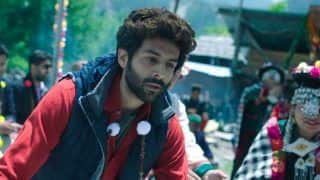 Kartik Aaryan's Mom Scolds Him For Not Wearing Sling, Actor Says, 'Mummy Being Mummy'