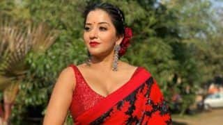 Bhojpuri Bomb And Nazar Actor Monalisa Looks 'Red Hot' in Sexy Floral Saree