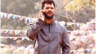 फोन पर अपनी गर्लफ्रेंड से बात करते दिखे खेसारी लाल यादव, बोले- Lahanga Bhail Mahanga Holi Me