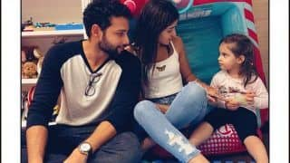 Siddhant Chaturvedi Continues to Troll Ananya Panday, Latter Reacts as he Calls Her 'Aunty' on Roohi-Yash Johar's Birthday