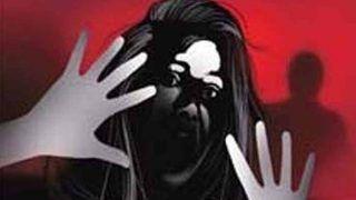 यूपी: कॉलेज की छात्राओं ने प्रिंसिपल और दो शिक्षकों पर लगाया यौन शोषण का आरोप, FIR दर्ज