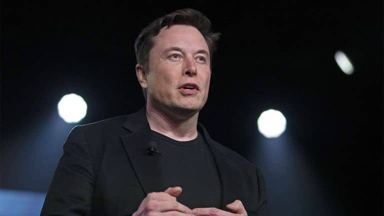 Elon Musk Refutes Links With Child Trafficker Jeffrey Epstein After SpaceX CEO's Picture With Paedophile's Ex-Girlfriend Goes Viral