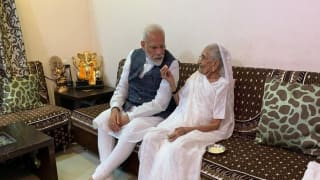 PM Modi's Mother Heeraben Modi Donates Rs 25000 From Her Personal Savings to PM-CARES Fund